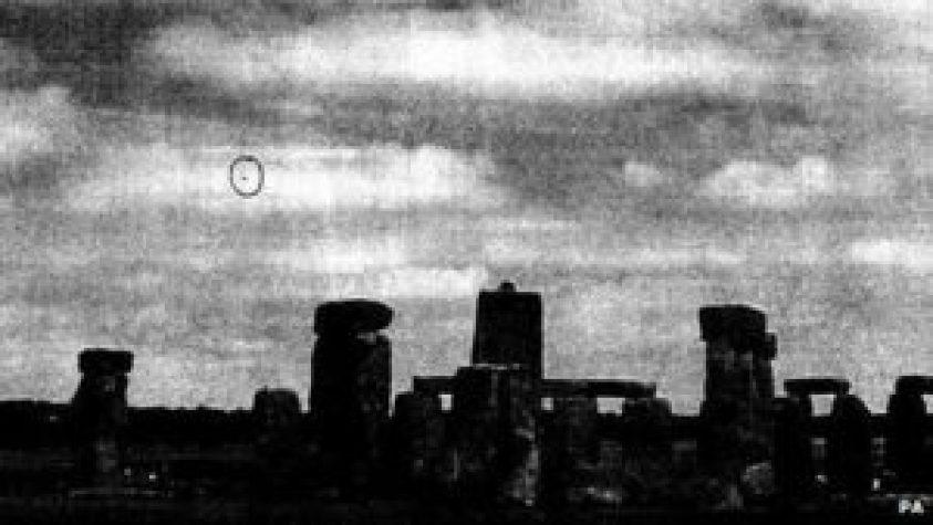 uk-mod-stonehenge-photo-2009