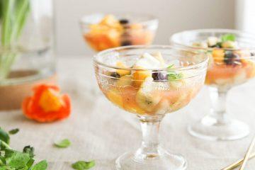 lämmin hedelmäsalaatti