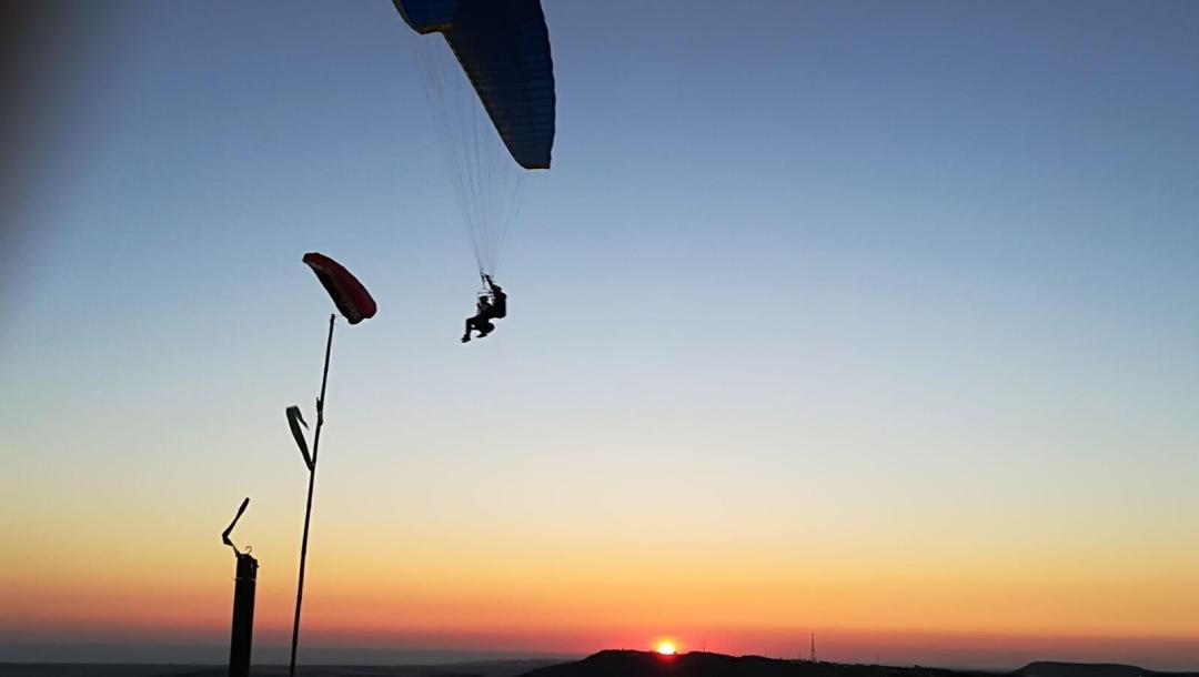 Volar en Parapente Biplaza reserva vuelo en parapente Reserva IMG 20170724 WA0005