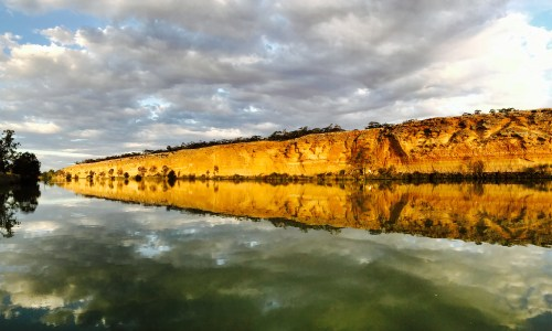 Murray River Houseboat Adventure. South Australia