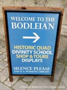 Tervetuloa, mutta hiljaa, toivottaa Bodleian-kirjasto.