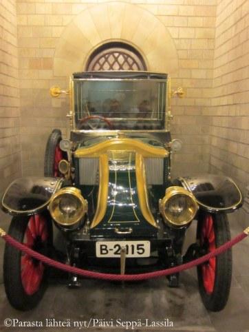 La Genoveva. Renault 11 HP, 1914.