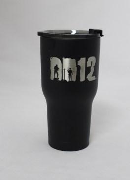 20 oz DD12 Black lid on