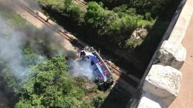 Photo of Ônibus cai de viaduto na BR-381; segundo PRF, há 10 mortos