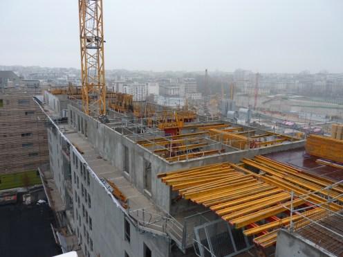 10° étage de Parc 17 depuis le haut de l'hôtel Ibis, direction Sud-Est, 14 décembre 14