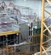 Accès aux sous-sols par les bâtiments A&B : escalier et ascenseur