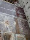 A remarquer la pose de fers pour créer des renforts dans le béton.