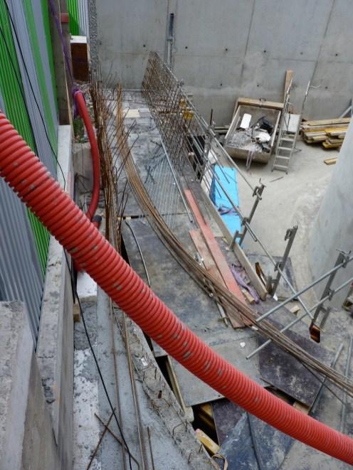 Préparation de la construction du mur latéral Est de Parc 17