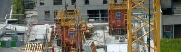 Balconnet du 2° étage côté Ouest installé !