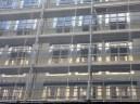 Reflets de l'Hôtel Ibis dans l'arrière de Parc 17