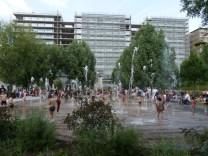 Jeux d'eau devant Parc 17 dans le Parc Martin Luther King