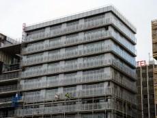 Echafaudages du bâtiment C en cours de démontage