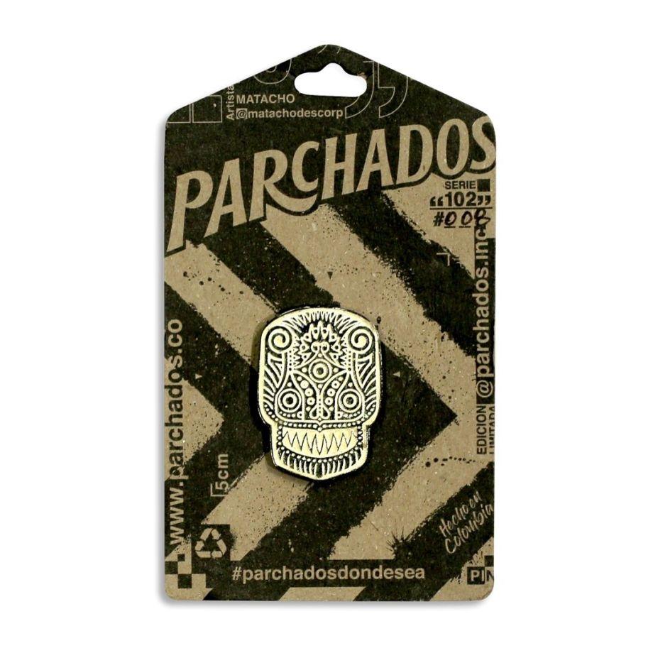 enamel_pin_parchados_dientes_de_cuchillo_empaque