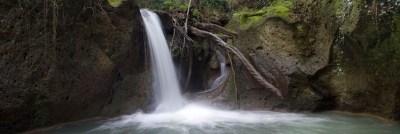 22 maggio, La cascata e il belvedere nel Parco di Veio