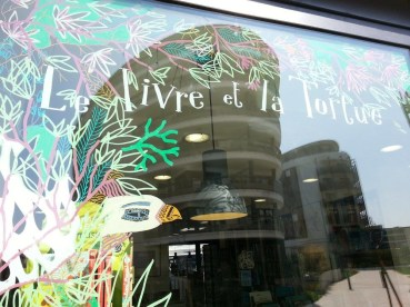 Vitrine Librairie Le Livre et la Tortue - Photo © Solylaisse