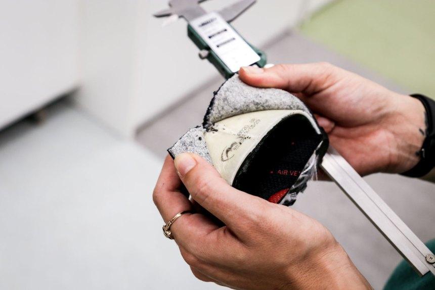 Prueba Impacto de la puntera en calzado de seguridad