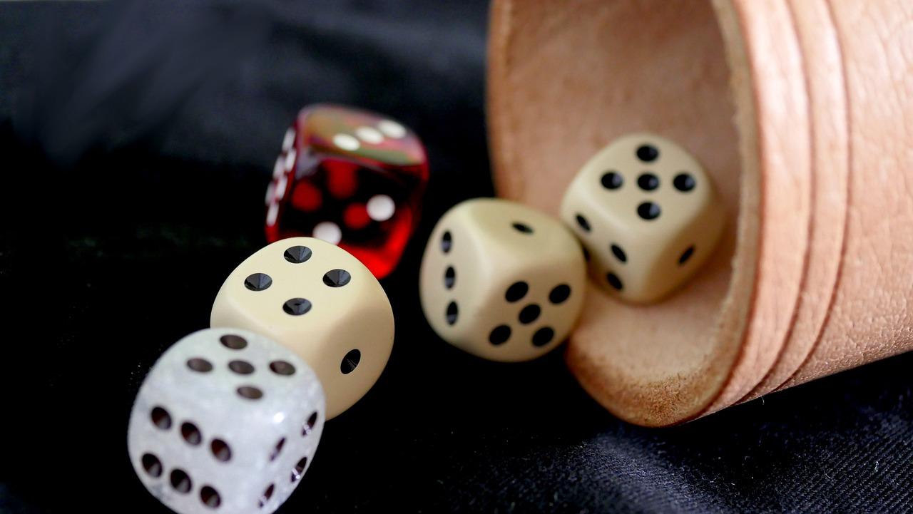Des dés à jouer