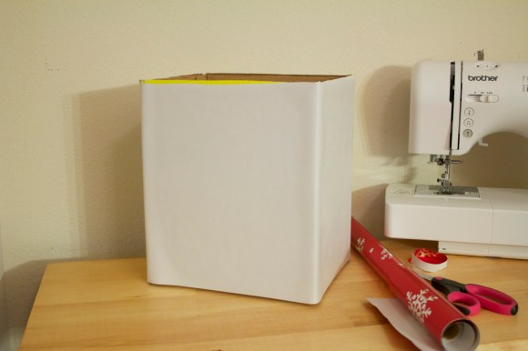A step by step tutorial for turning a cardboard box into a fabric covered bin | Parental Perspective