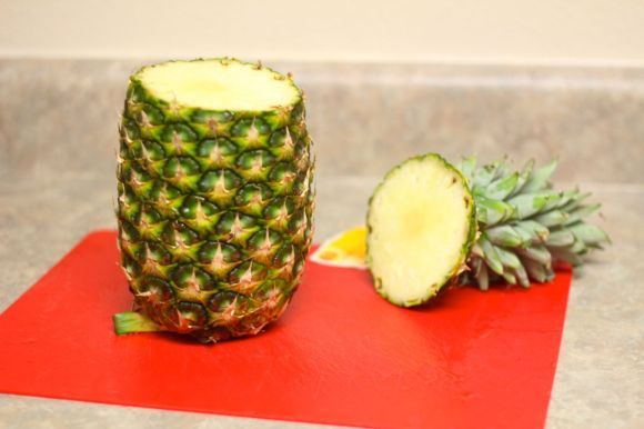 The easiest way to cut a pineapple - A pineapple corer review | Parental Perspective