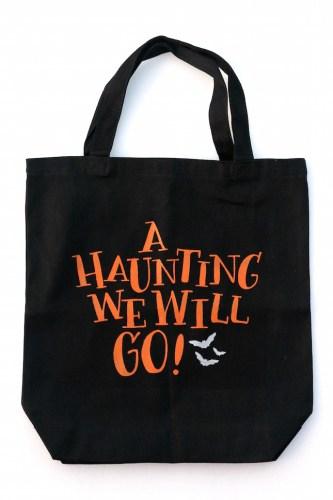 Haunting-Halloween-Tote-Bag-1