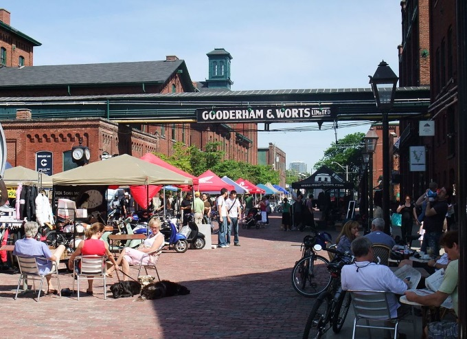 Distillery District Toronto - Romantic Getaway in Toronto Tips