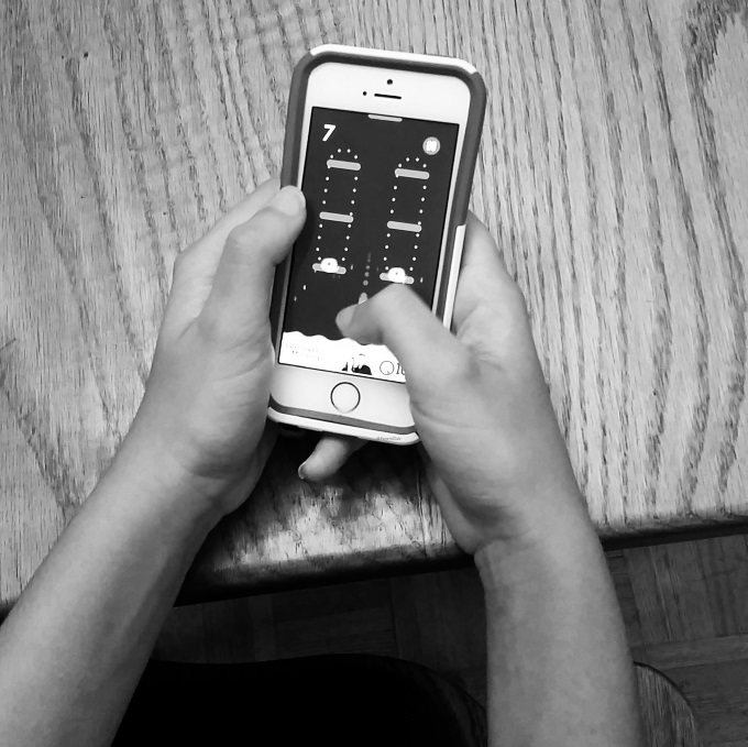 Primus and Prevnet Launch Cyberbullying Prevention and Awareness Site, teens, phone