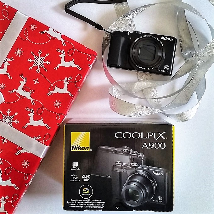 Nikon Coolpix A900 holiday gift via www.parentclub.ca