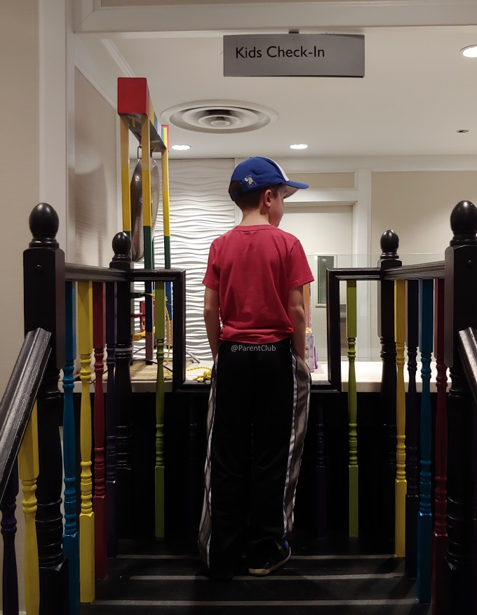 Tips for staying at Chelsea Hotel Toronto via www.parentclub.ca