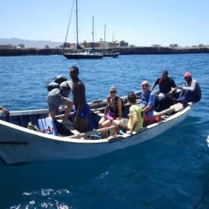 Débarquement plus sûr, avec les pêcheurs, avec la houle!