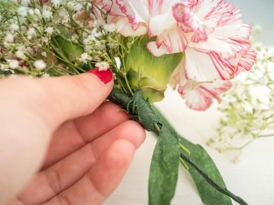 réaliser couronne de fleurs