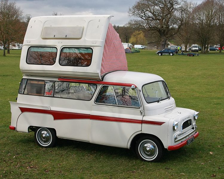 La Dormobile, le premier van avec toit relevable
