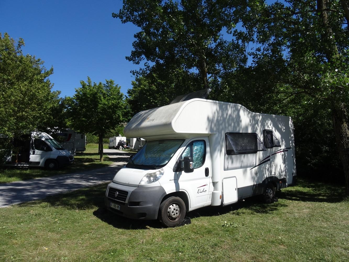 Aire de camping-car à Sainte-Eulalie de Cernon