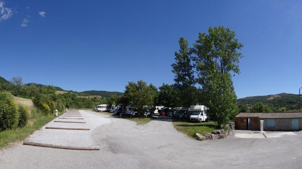 L'aire camping-car de Sainte-Eulalie de Cernon (Aveyron)