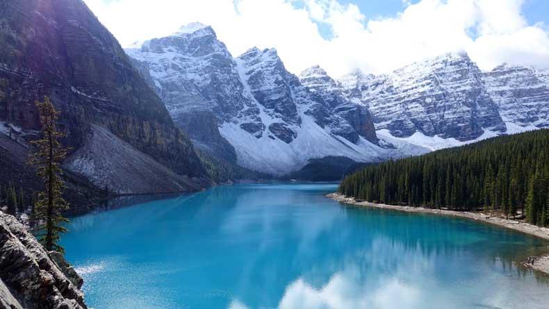 Parenthood and Passports - Moraine Lake Banff