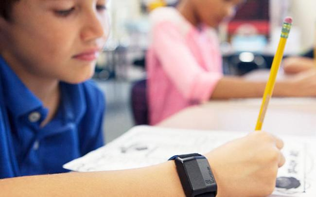 Giveaway: RE-vibe Anti-Distraction Wristband for ADHD