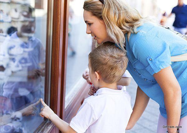 behavior of children in public (1)