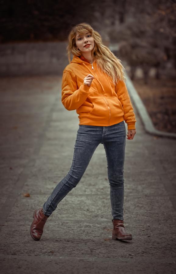 6 Tips to Dress Tween Girls On Rainy Days