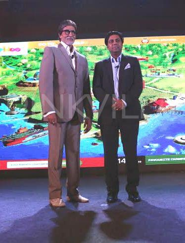 Mr Bachchan unveils worldoo.com with Mr Monish Ghatalia (3)_1