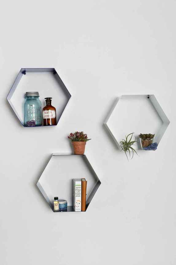 hexagon-shelves-in-white