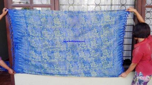 sarong521-18-sarongs-from-indonesia