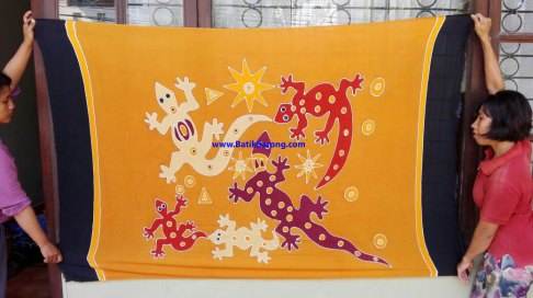 sarong521-25-sarongs-from-indonesia