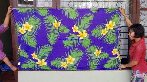 sarong521-31-sarongs-from-indonesia