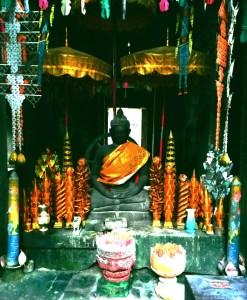 blog-voyage-couple-parfums-de-liberte-julie-et-leo-temples-d-angkor-bouddha-buddha-temple