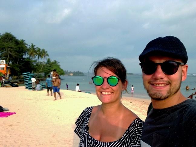 blog-voyage-couple-parfums-de-liberte-leo-et-julie-petit-budget-selfie-deux-amour-sri-lanka