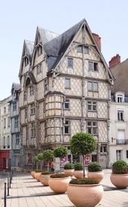 La_maison_dAdam_Angers