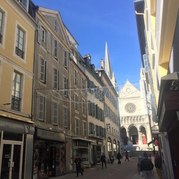 visiter-Pau-201711-rue-des-cordeliers