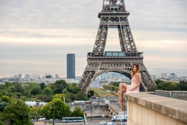 girl and the Eiffel tower