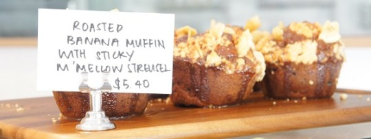 Roasted Banane Muffin at Maple & Market
