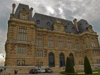 2  Hôtel de ville de Versailles - it is not the city hotel but the city hall of Versailles!