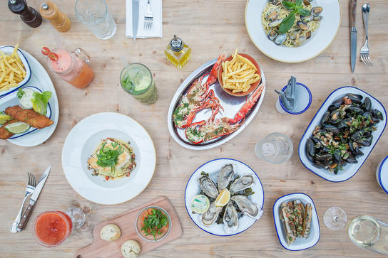polpo-bar-brasserie-seafood-4_ratio628x363